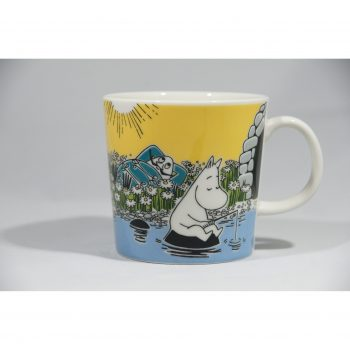 Moomin Mug Moment on the Shore