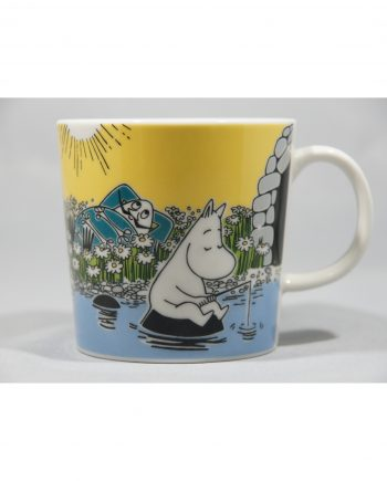 Moomin Mug Moment on the Shore